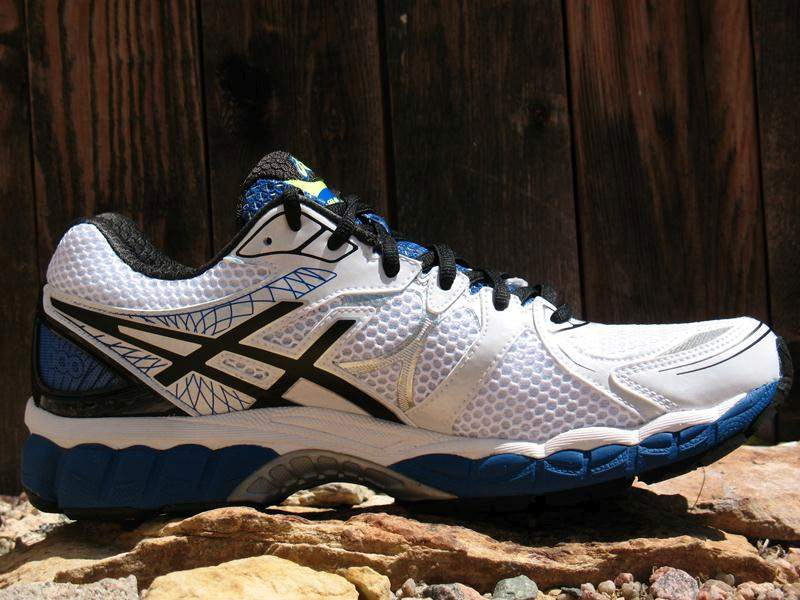 Asics-Nimbus-16-Medial-Side1